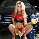 courtney_stodden-car-wash